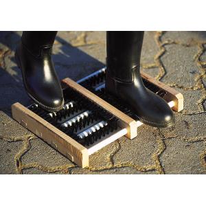 Grattoir en bois pour chaussures